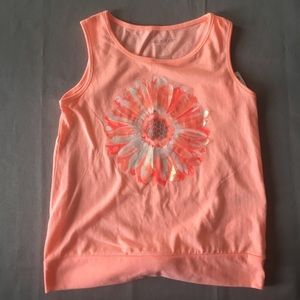 NWOT Maggie & Zoe Peach Tank-top with Flower